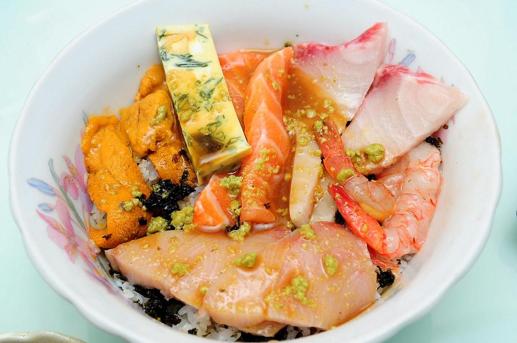 自製日式海鮮蓋飯
