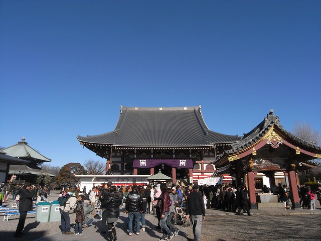 new year's visit to honmonji