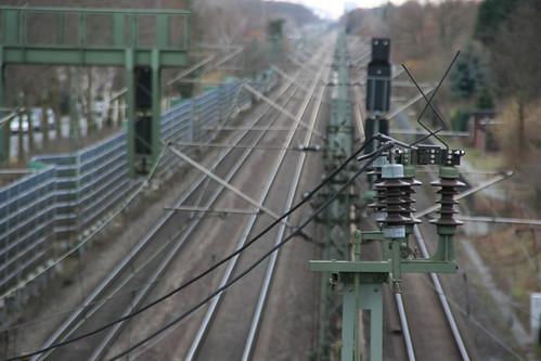 Im Visier von Metalldieben: Oberleitungen und Kabel an Strecken der Deutschen Bahn. (Foto: springfield auf Flickr, CC-BY 2.0 )