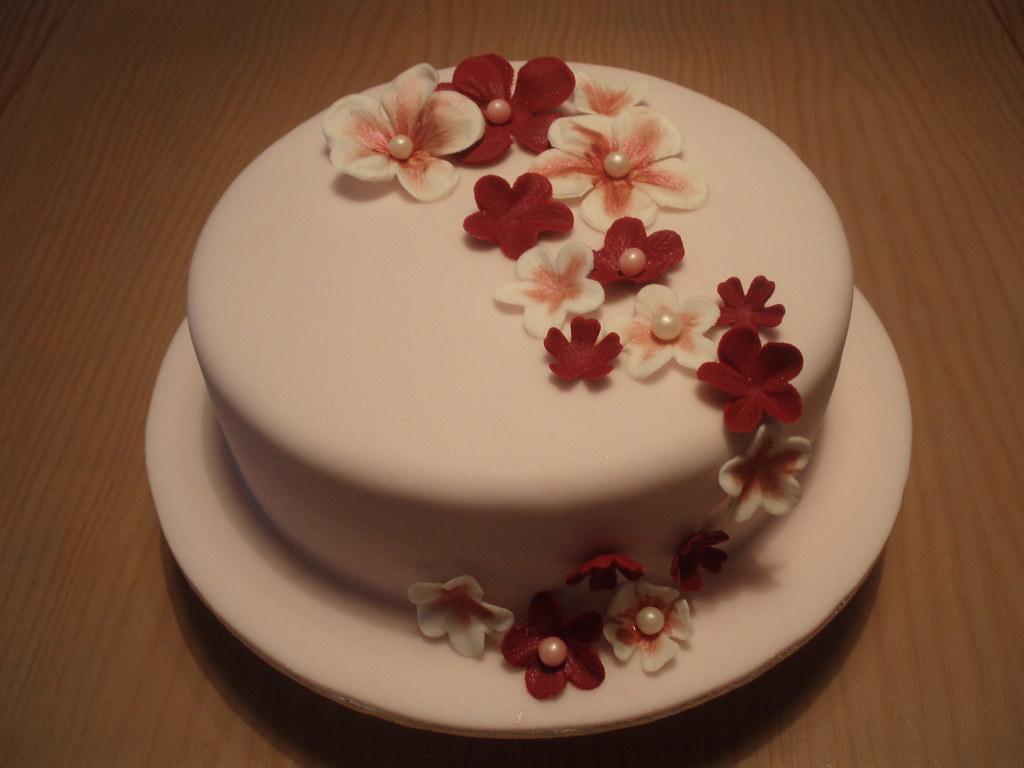 Bolo De Aniversário: ADRENE BIRTHDAY CAKE/BOLO DE ANIVERSÁRIO