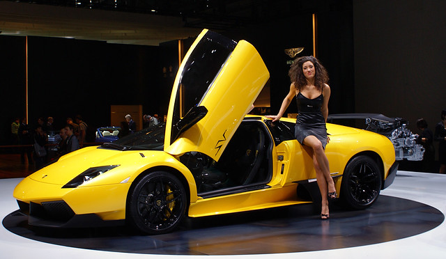 Lamborghini Murciélago LP670-4 SV world debut in Geneva