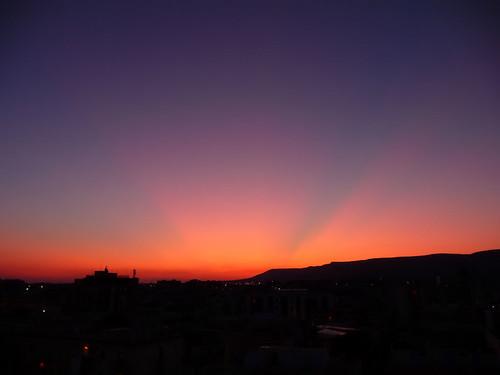 sunset italy sun reed sunshine silhouette montagne soleil italia tramonto blu giallo cielo sole azzurro colori montagna arancione roseau gargano foggia manfredonia