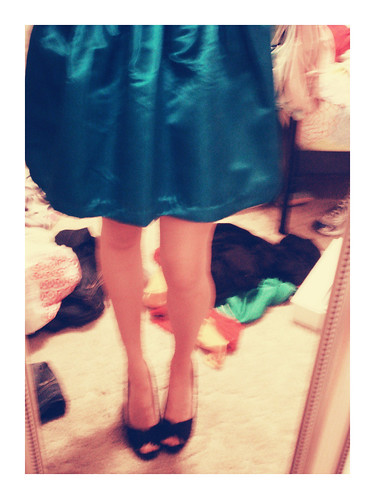 november chaos 365 2009 mirrorshot inmybedroom partydress peeptoes newyearsdress alittleblurtastic