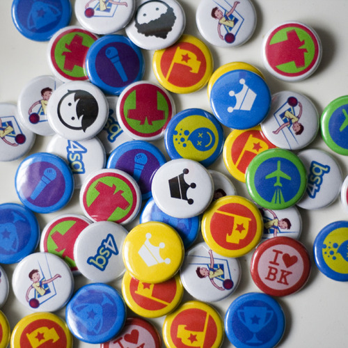 Foursquare buttons!