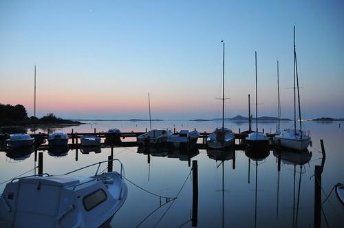 port sunrise bateaux reflet bateau reflets environs narbonne voilier calme leverdusoleil peyriac
