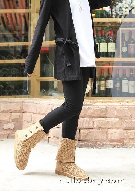 UGGs Classic Cardy