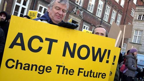 行動,改變未來 Act Now Change the Future