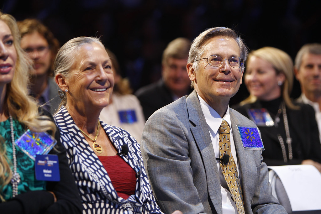 Alice Walton and Jim Walton at the 2011 Walmart Shareholders Meeting