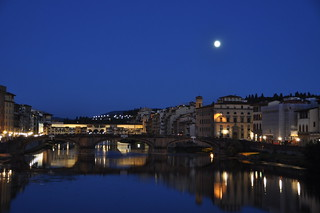 Florence by night: Ponte vecchio under the moon