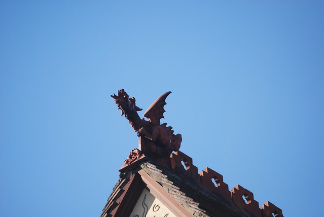 The Roof Dragon