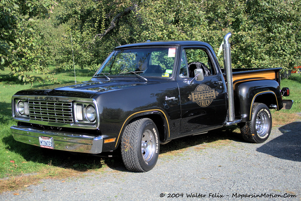 1977 Dodge Midnite Express