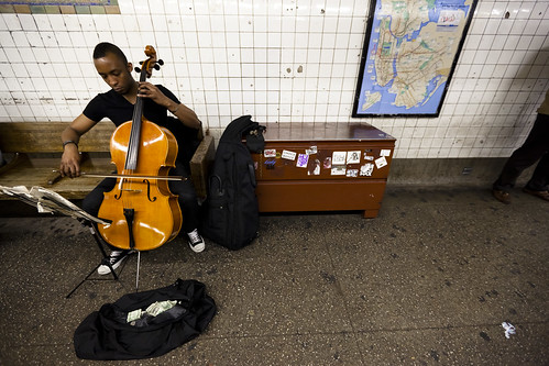 Gabriel Royal, L-subway, cellist