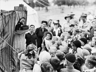 Punch and Judy show, 1944