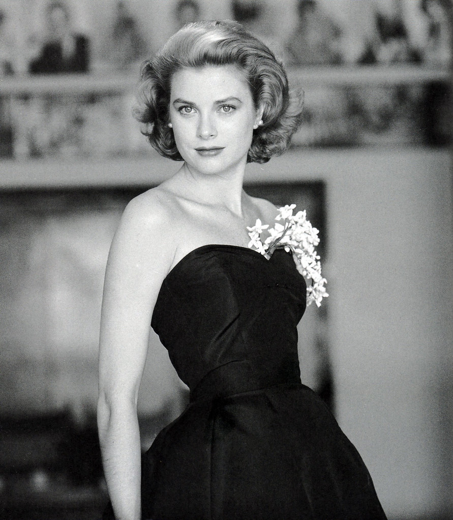people and places princess grace kelly of monaco. Black Bedroom Furniture Sets. Home Design Ideas