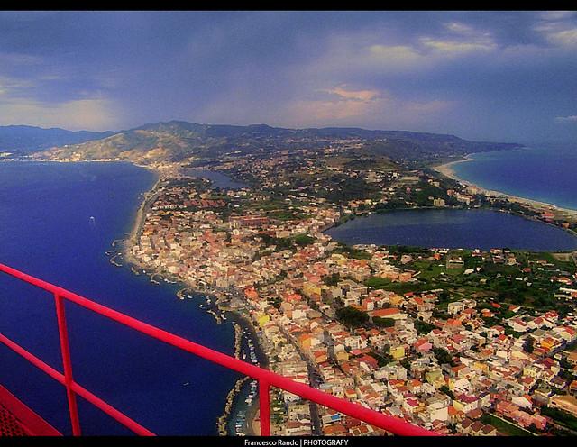 Dal pilone di Torre Faro (Capo Peloro)