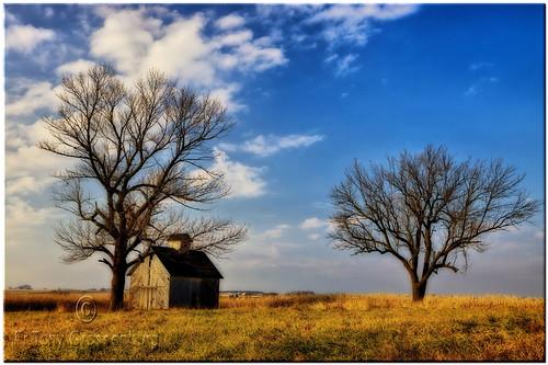 fall barn landscape illinois seasons prairie hdr adobephotoshopelements canoneos50d ortoneffect redynamixplugin adobephotoshopelements7