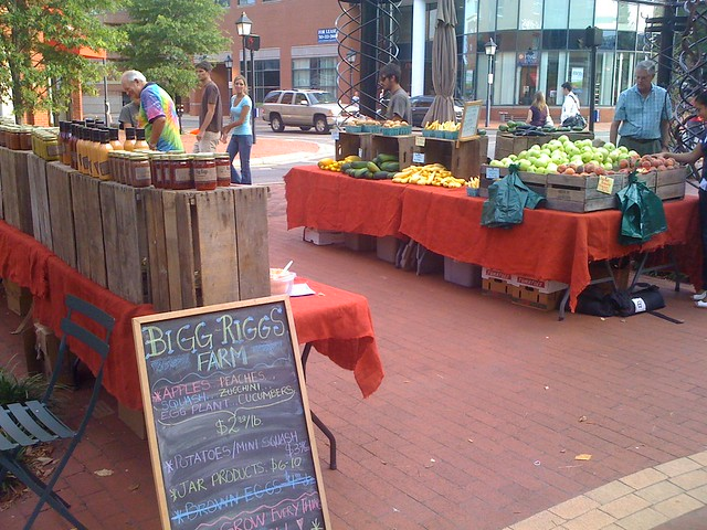 Bigg Rigg Farms @ Upper King Street Farmers Market by Red Brick Town, on Flickr