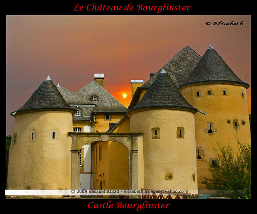 sunset color castle history colors architecture zonsondergang europa europe colore firstplace luxembourg château middleages coucherdesoleil gebouw kasteel geschiedenis destinations middeleeuwen bourglinster grandduchyofluxembourg grandduchédeluxembourg colorsofthesoul artofimages saariysqualitypictures bestcapturesaoi publicbuildingsinluxembourg