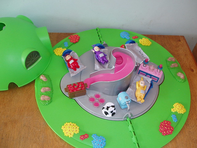19 teletubbies house flickr photo sharing