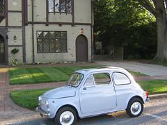 compact sport utility vehicle(0.0), automobile(1.0), fiat(1.0), wheel(1.0), vehicle(1.0), fiat 600(1.0), city car(1.0), fiat 500(1.0), antique car(1.0), land vehicle(1.0),