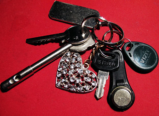 (139/365) Keys and heart