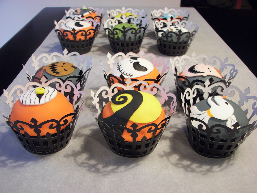 Sets appears in: • Nightmare Before Christmas Cupcakes