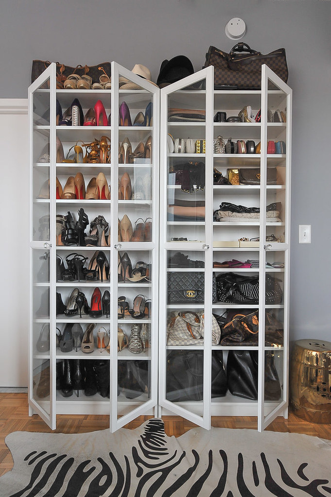 adaymag-8-storage-solutions-for-limited-closet-space-08