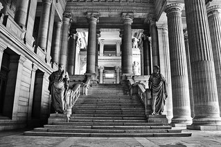 Palais de Justice | by Christian Stock