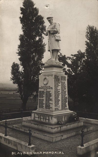 War Memorial, Blaydon