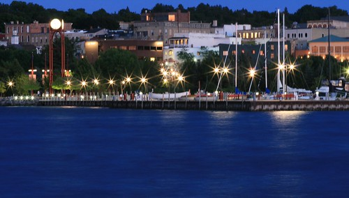 petoskey at night 001