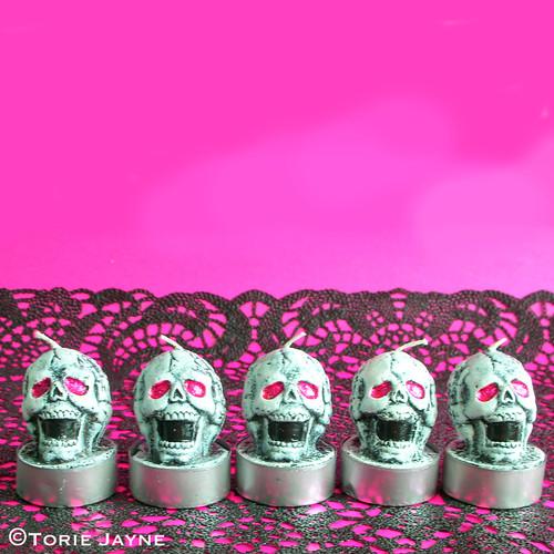 Skull tealights
