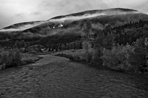 bw clouds sunrise river colorado wideangle tress mountian conjeos hollumsphotographynikond90