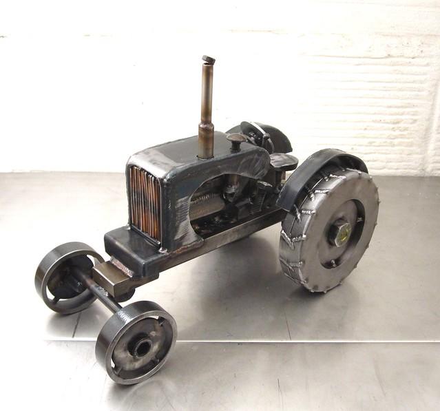 Metal Art Tractor : Metal sculpture of an allis chalmers tractor by josh