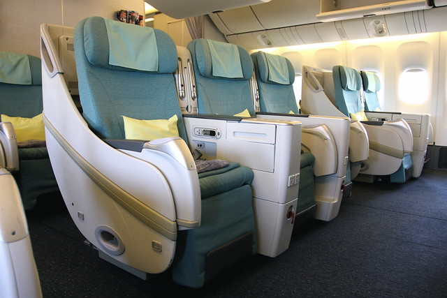 korean air 777 200 business class flickr photo sharing. Black Bedroom Furniture Sets. Home Design Ideas