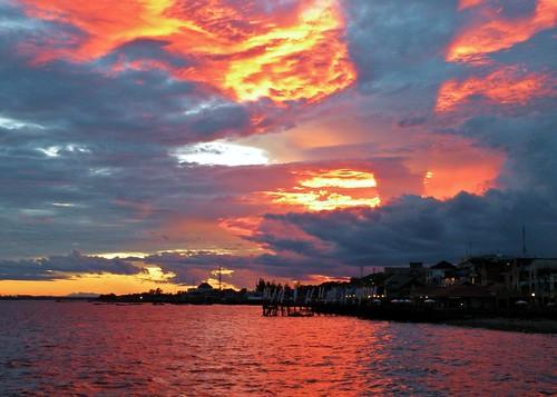 sunset indonesia borneo kalimantan balikpapan eastkalimantan abigfave eastborneo platinumphoto anawesomeshot colorphotoaward makassarstrait bestofmywinners
