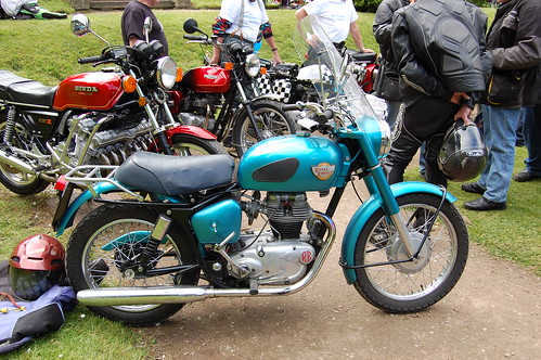 ROYAL ENFIELD CRUSADER. SINGLE FOUR STROKE 250 CC. 1950s-1960s