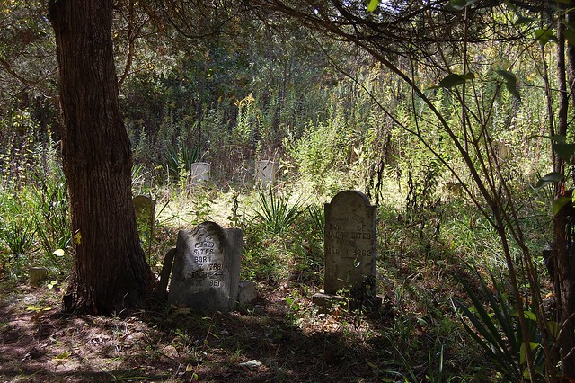 Old Family Cemetery | Flickr - Photo Sharing!