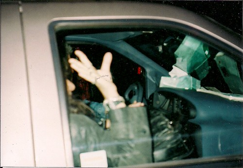 10/31/94 Ace Frehley @ Mirage, Minneapolis, MN *Ace Leaves in his van.