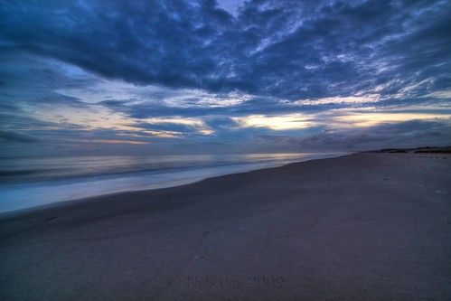 ocean sunset sky seascape beach water rain clouds landscape nc sand waves dusk tripod northcarolina atlantic storms hdr gitzo oakisland caswellbeach photomatix ndx8 5exposure nd09 arcatech tokinaatx116prodx gt2531
