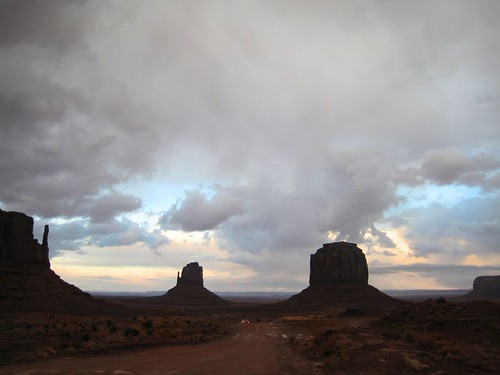 REZ, Monument Valley, Clouds, Arizona, Sout… IMG_1328
