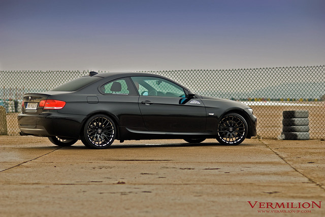 e92 bmw 330i with vermilion regnum black diamond wheels flickr photo sharing. Black Bedroom Furniture Sets. Home Design Ideas