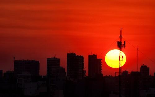 sunset sun sol argentina backlight night buildings contraluz atardecer edificios buenosaires clear ocaso magicunicornverybest magicunicornmasterpiece