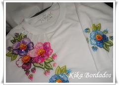 Camisetas bordadas à mão   shirts embroidered by hand  faf3105c6a6