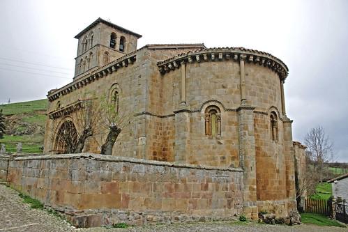 Iglesia de San Pedro (Cervatos)