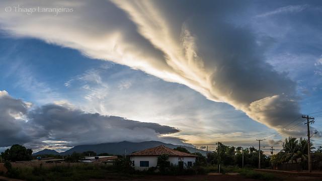 céu da manhã - vila de campos novos - Serras do Apiau - Roraima