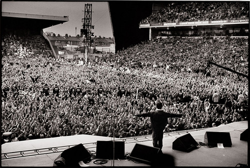 Noel Gallagher Oasis Maine road 1995 | Explore Igor Deda's ... Oasis Band Logo
