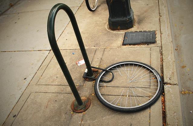 Lock and wheel