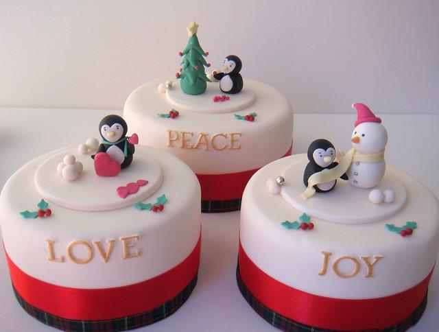 Christmas cakes | Mini cakes for the Christmas range ... Christmas Mini Cakes