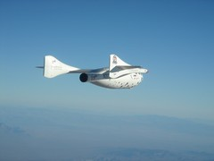SpaceShipOne glides down from her successful X Prize winning flight piloted by Brian Binnie, October 2004. Image from Mojave Aerospace Ventures LLC