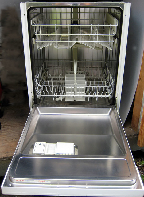 how to clean the inside of a bosch dishwasher